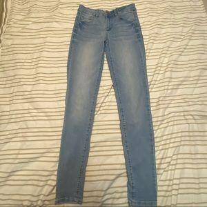 Garage Light Wash Stretchy Jegging Skinny Jeans